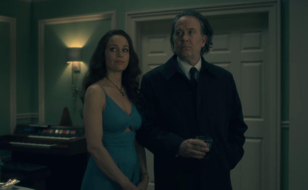 La maldición de Hill House Olivia y Hugh