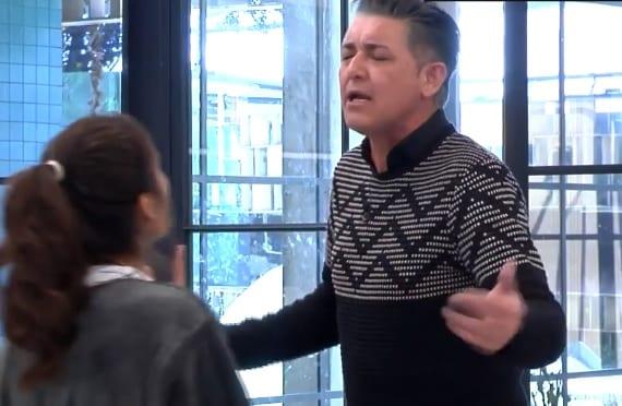 Pelea Ángel Garó