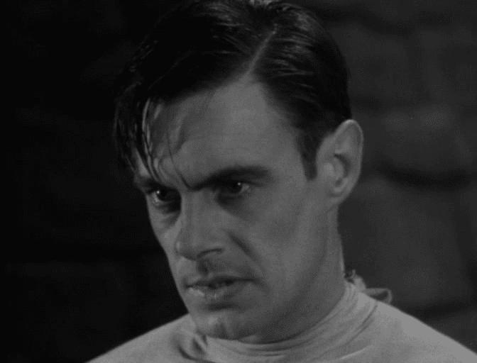 Colin Clive como Henry Frankenstein.
