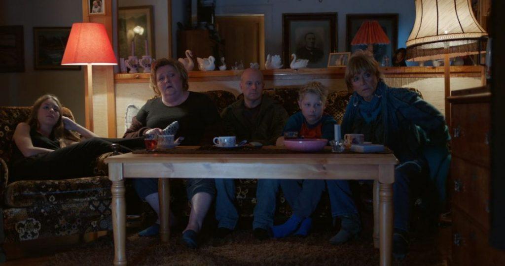 Una familia unida, Martin con sus hijos, su madre