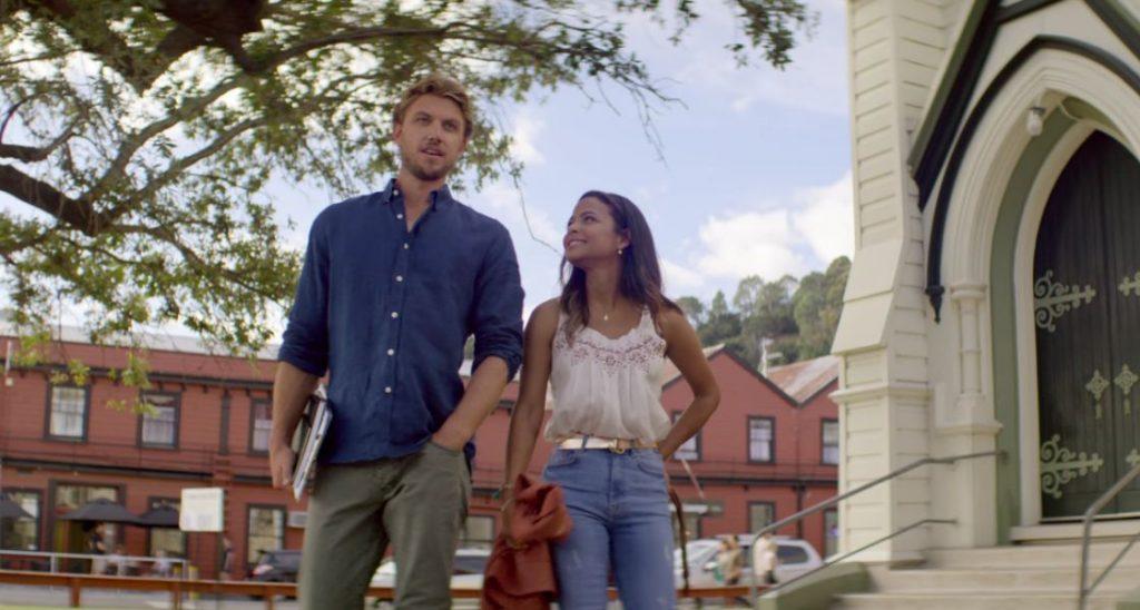 Amor en obras, Jake y Gabriela