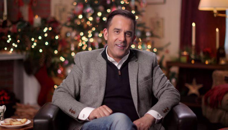 El Sr. Navidad decora tu casa